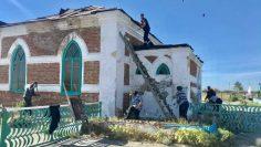 Совместными силами волонтеров ремонтируются исторические здания
